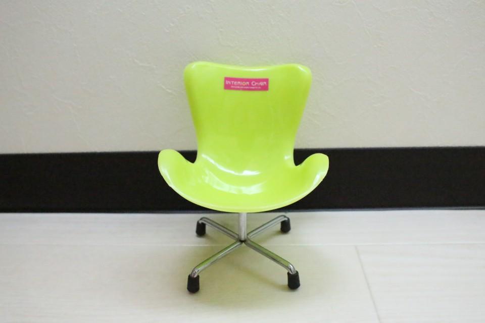 ハリネズミ ダイソー 椅子